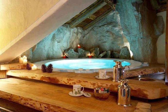 good-cave-theme-bathroom